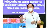 Secretary of the HCMC Party Committee Nguyen Van Nen speaks at a working session with Binh Tan District . (Photo: SGGP)