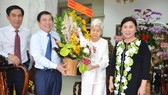 Lãnh đạo TPHCM thăm, chúc mừng Ngày Thầy thuốc Việt Nam 27-2