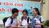 TPHCM: Công bố đề thi và đáp án các môn thi tuyển sinh lớp 10 năm học 2020-2021