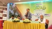 Ông Nguyễn Văn Đức, Phó Chủ tịch UBND tỉnh Bến Tre thông tin tại buổi họp báo