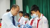 Chăm sóc và hỗ trợ nguồn nhân lực tỉnh Bến Tre giai đoạn 2020-2025