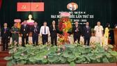 Lãnh đạo TPHCM tặng hoa chúc mừng Đại hội Đảng bộ quận 8
