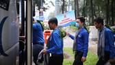 Thanh niên tình nguyện TPHCM xuất phát đến với bà con vùng lũ