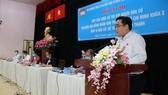 Ứng cử viên trẻ Ngô Minh Hải trình bày chương trình hành động trước cử tri