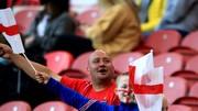 Khán giả tại Wembley trong ngày khai màn của tuyển Anh.