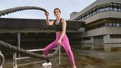 Adidas khởi động chiến dịch Watch Us Move dành cho phái đẹp