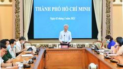 Phó Chủ tịch UBND TPHCM Võ Văn Hoan phát biểu tại kỳ họp Chính phủ. Ảnh: VIỆT DŨNG