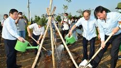 TP Thủ Đức phát động, ra quân trồng cây xanh, dọn dẹp vệ sinh môi trường