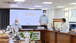 Phó Trưởng Ban Chỉ đạo phòng chống dịch Covid-19 TPHCM Phạm Đức Hải phát biểu tại buổi họp báo