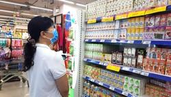 Nhiều sản phẩm giảm giá tại Co.opmart thu hút sự quan tâm của người tiêu dùng