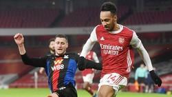 Arsenal phải chia điểm trước Crystal Palace ngay trên sân nhà. Ảnh: Getty Images