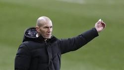 HLV Zinedine Zidane và Real thật sự đang trong thời điểm quá khó khăn.