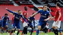 Leicester mừng chiến thắng quan trọng trước Man.United. Ảnh: Getty Images