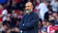 HLV Nuno Espirito Santo đau đầu tìm giải pháp cho Tottenham.
