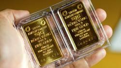 Giá vàng SJC cao hơn thế giới 7 triệu đồng/lượng
