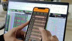 Bị phạt gần 1 tỷ đồng vì mua bán cổ phiếu 'chui'