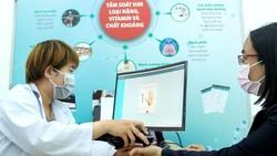 Tiếp nhận thông tin và chẩn đoán bệnh tại Bệnh viện Miền Đông,  quận 9, TPHCM Ảnh: HOÀNG HÙNG