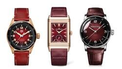 Đồng hồ sắc đỏ