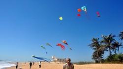Bãi biển Hồ Tràm, Xuyên Mộc những ngày chưa xảy ra dịch COVID-19 - Ảnh: ĐÔNG HÀ