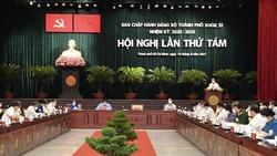 Bí thư Thành ủy TPHCM Nguyễn Văn Nên phát biểu tại Hội nghị Thành ủy. Ảnh:VIỆT DŨNG