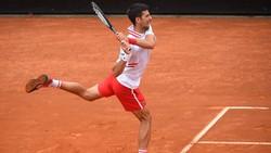 Djokovic thắng trận mở màn ở Rome Masters
