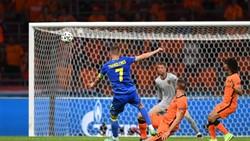 Yarmolenko ghi bàn thắng ngoạn mục vào lưới tuyển Hà Lan
