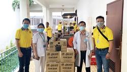 Bên cạnh phục vụ thức uống miễn phí, thương hiệu Ông Bầu còn gửi đến các bệnh viện những sản phẩm cà phê thật để đồng hành cùng các y bác sĩ mọi lúc mọi nơi