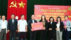 TPHCM trao quà tết cho người dân Quảng Nam, Quãng Ngãi