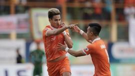 Tấn Tài lập công, Topenland Bình Định giành 3 điểm trước Sài Gòn FC. Ảnh: DŨNG PHƯƠNG