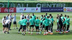 Các tuyển thủ Saudi Arabia vẫn tập luyện và thi đấu bình thường trong tháng Ramadan.