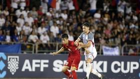 Phan Văn Đức và tuyển Việt Nam đã đánh bại Philippines ở trận bán kết lượt đi. Ảnh: ANH KHOA