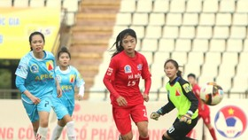 Đội Hà Nội có chiến thắng dễ dàng trước Sơn La. Ảnh: Anh Trần