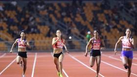 Không thắng được VĐV Mỹ gốc Philippines, Lê Tú Chinh chỉ đoạt HCB 200m nữ