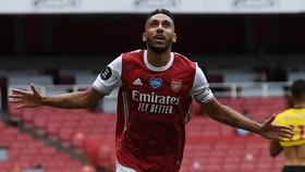 Pierre-Emerick Aubameyang chỉ còn 1 năm hợp đồng với Arsenal.