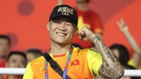 Võ sĩ Trương Đình Hoàng.