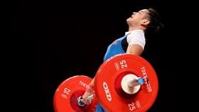 Thạch Kim Tuấn không được tính thành tích ở hạng cân 61kg nam vì thất bại trong cả 3 lần cử đẩy. Ảnh: Getty