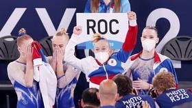 Caqc nữ tuyển thủ TDDC Nga nghẹn ngào trong chiến thắng.