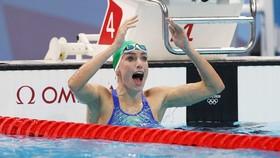 Kình ngư Tatjana Schroenmaker phá kỷ lục thế giới ở nội dung 200m ếch.