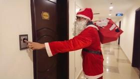 Dịch vụ ông già Noel đắt khách