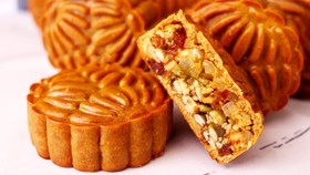 Một số doanh nghiệp lớn đã quyết định dừng sản xuất bánh trung thu năm nay, khi diễn biến dịch Covid-19 đang phức tạp.