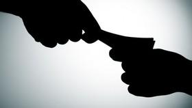 """Nhận tiền """"chạy án"""", nguyên Chánh tòa Dân sự TAND tỉnh Cà Mau bị khai trừ Đảng"""