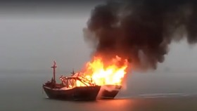 Cháy tàu cá trên biển, thiệt hại hơn 2 tỷ đồng