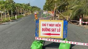Cà Mau: Tạm dừng lưu thông một phần tuyến đường mới đưa vào sử dụng đã sụp lún