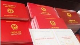Chánh Thanh tra huyện Trần Văn Thời bị kỷ luật vì có bằng bổ túc THPT không hợp lệ