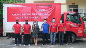 J&T Express chi nhánh Hà Nội đã tiêu thụ gần 2 tấn vải thiều Bắc Giang