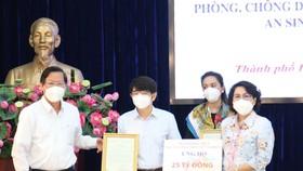 BIDV tiếp tục ủng hộ TPHCM 25 tỷ đồng để phòng chống dịch Covid-19