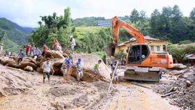 Bảo đảm an toàn tối đa cho người dân vùng mưa lũ