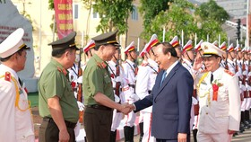 Thủ tướng: Gìn giữ hình ảnh đẹp của người chiến sĩ công an nhân dân