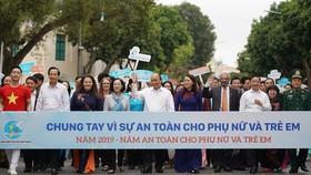 Thủ tướng Nguyễn Xuân Phúc dự lễ phát động Năm an toàn cho phụ nữ và trẻ em