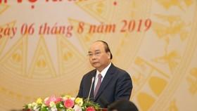 Thủ tướng Chính phủ Nguyễn Xuân Phúc phát biểu chỉ đạo tại hội nghị trực tuyến toàn quốc tổng kết năm học 2018-2019, triển khai nhiệm vụ năm học 2019-2020